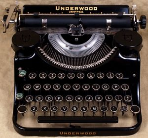 image from www.vintagetypewritershoppe.com